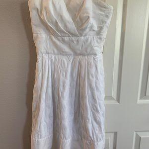 White House Black Market white knee length dress